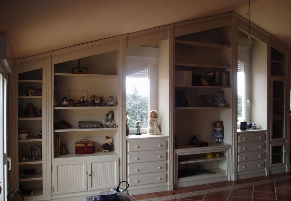 Muebles especiales Nos adaptamos a tus necesidades! Presupuestos sin